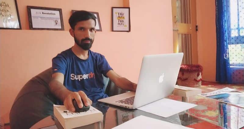 School dropout from Kashmir is now founder and CEO of UK-based web design company