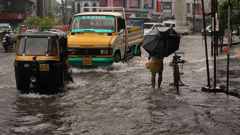 Weather update heavy rainfall in Kolkata and South Bengal RTB