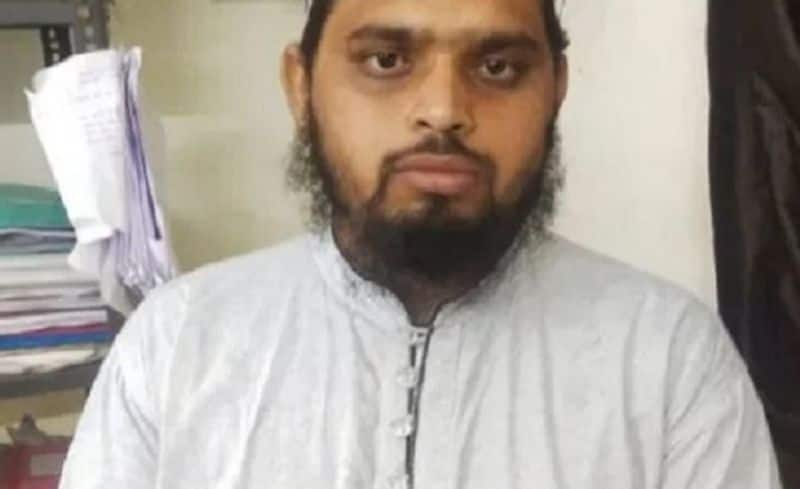 Maulana rapes 9-year-old girl, now family members are pressurizing minor's marriage