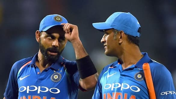 Manjrekar unhappy with timing of kohli  decision to quit RCB captaincy