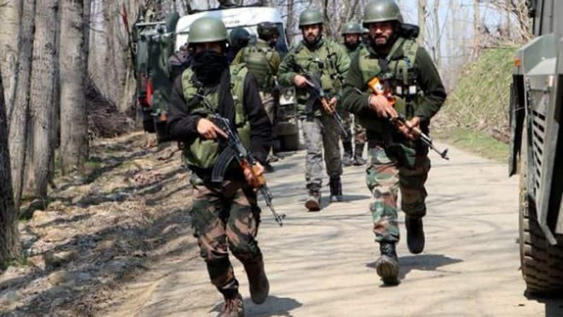 Encounter in South Kashmir Shopian terrorists gunned down-VPN