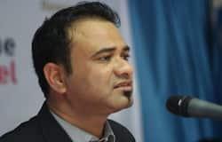 <p>नागरिकता संशोधन कानून को लेकर भड़काऊ भाषण देने के आरोप में रासुका कानून के तहत गिरफ्तार किए &nbsp;गए डॉक्टर कफील खान को इलाहाबाद हाईकोर्ट ने जमानत दे दी है।</p>