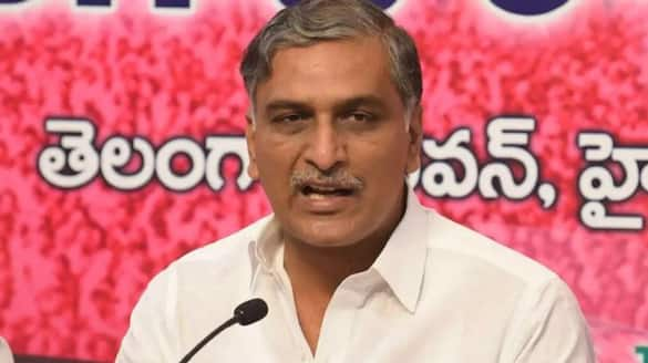 will give 5000 double bed rooms to huzurabad says minister harish rao