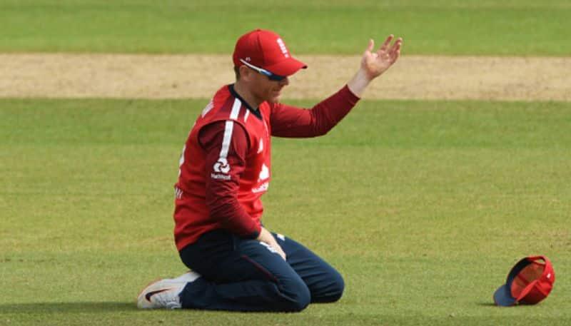 Eoin Morgan finger injury raise concerns in KKR camp ahead of IPL 2020 spb