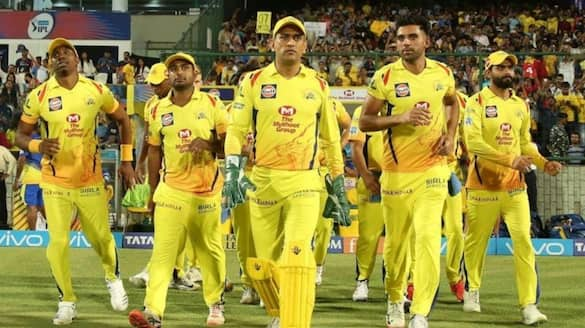 aakash chopra shocked of csk transformation from ipl 2020 to ipl 2021