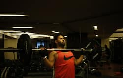 <p><strong>DC: </strong>Rishabh Pant, meanwhile, hit the gym, as he worked on his sit-ups. How many times did he do it, you think?</p>