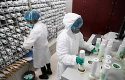 <p><strong>Moscow: </strong>The capital of Russia is recording over 20,000 cases of coronavirus on a daily basis. The first wave of Covid-19 ended here on May 11, after which the number of infections had started going down. As many as 7,361 deaths have been recorded here. Russia is the fifth-most affected by coronavirus in the world.</p>