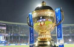 <p>IPL Trophy</p>