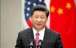 <p><br /> सेवानिवृत्त रियल एस्टेट टाइकून रेन झिकियांग ने कथित तौर पर राष्ट्रपति शी जिनपिंग को जोकर कहा था। उन्होंने यह आलोचना कोरोना वायरस महामारी से निपटने में चीनी राष्ट्रपति के असफल रहने पर की थी। इस बयान के बाद झिकियांग पर सरकार की तरफ से भ्रष्टाचार से संबंधित अपराधों के आरोप भी लगाए गए।<br /> &nbsp;</p>