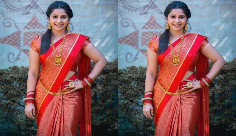 Kannada anchor anushree visits Nimishambha Temple sri rangapattna  vcs