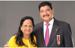 <p>BR Shetty and Wife</p>
