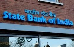 <p><strong>कौन खुलवा सकते हैं यह अकाउंट</strong><br /> जिस व्यक्ति की उम्र 18 साल हो चुकी है और वह भारतीय नागरिक है, स्टेट बैंक की इस सुविधा का लाभ लेकर खाता खुलवा सकता है। इस सुविधा के तहत व्यक्तिगत और जॉइंट, दोनों तरह के खाते खुलवाए जा सकते हैं।&nbsp;<br /> (फाइल फोटो)</p>