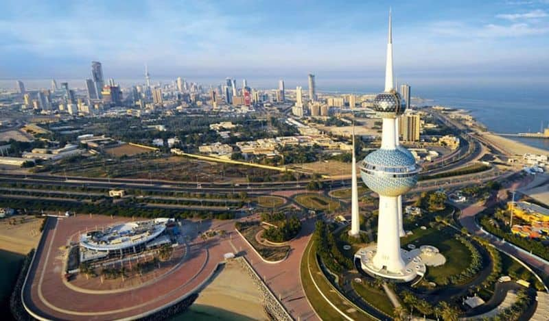 Kuwait  to impose curfew from sunday