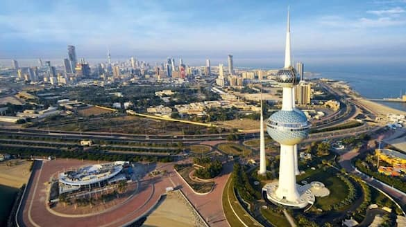 entry ban for foreigners to kuwait ends today
