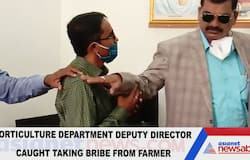 Official caught taking bribe from farmer falls at feet of ACB personnel