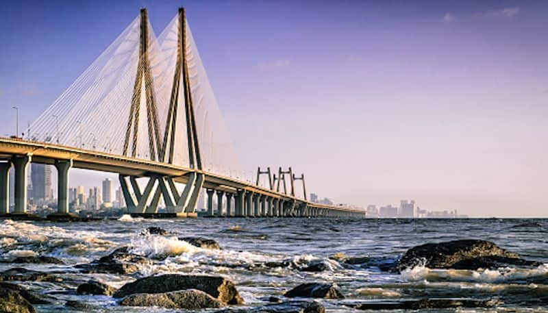 10. Bandra-Worli Sea LinkDid you know Bandra-Worli Sea Link has steel wires equal to earth's circumference. Each of the cables can hold up to 900 tons of weight.