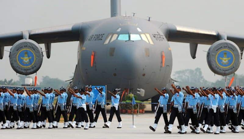 C-130JThe aircraft is capable of performing paradrop, heavy drop, casuality evacuation and can also operate from short and semi prepared surfaces. C-130J is the heaviest aircraft to land at DBO in Aug 2013.