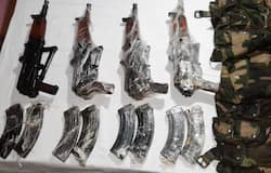 <p>Caught on cam: Pak terrorists trying to smuggle weapons across LoC</p>