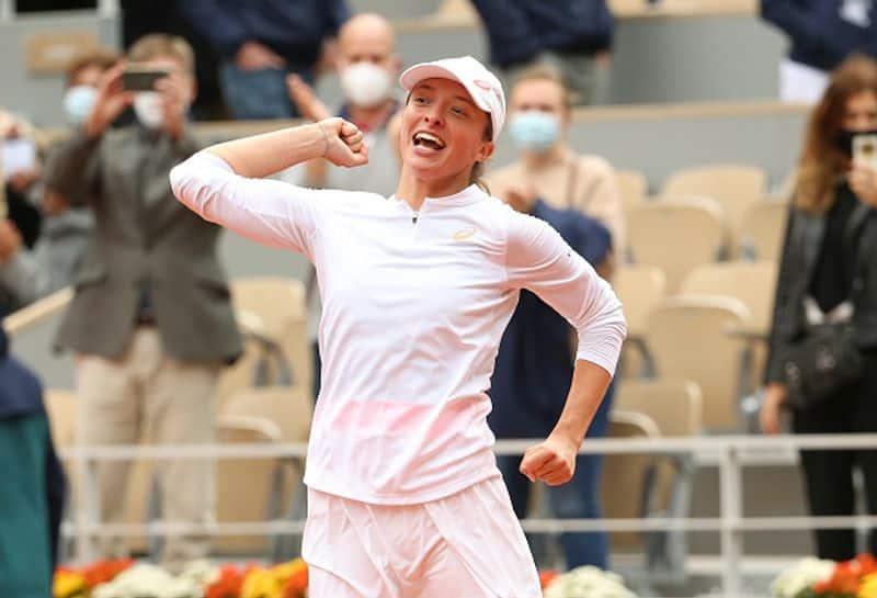 Polish tennis star Iga Swiatek crowned at French Open