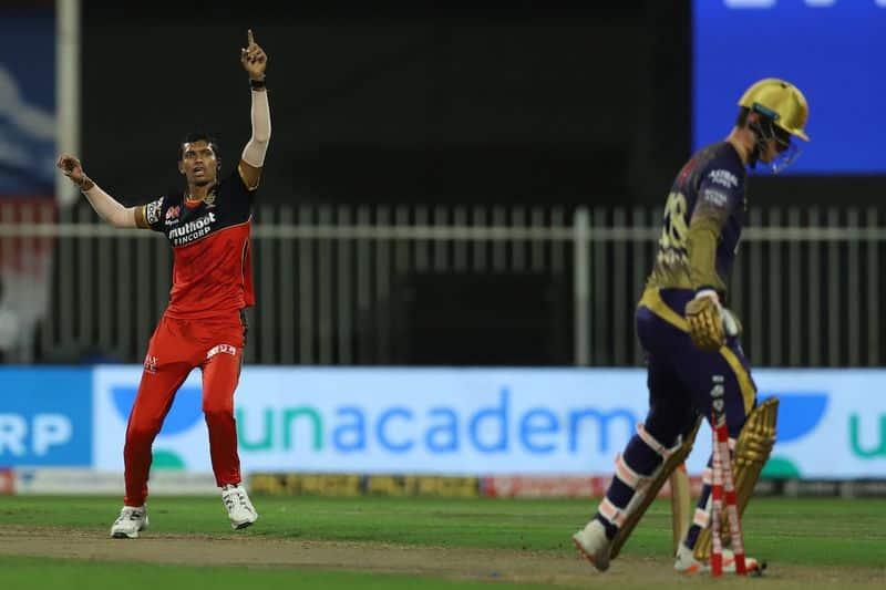 Royal Chalengers Bangalore defeat Kolkata Knight Riders by 82 runs in IPL 2020 spb