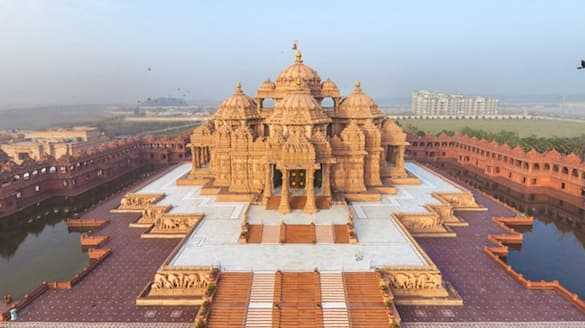 Akshardham Mandir temporarily closed from 17th April to 30th april  due to pandemic DHA