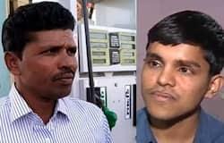 <p><strong>पटना (Bihar)&nbsp;। </strong>बिहार में संघर्ष से मुकाम हासिल करने वालों की संख्या बहुत ज्यादा है। इनमें एक नाम मनोज सिंह (Manoj Singh) का भी लिया जाता है, जो गोपालपुर (Gopalpur) के रहने वाले हैं और वे&nbsp;घर चलाने के लिए पेट्रोल पंप पर काम करते थे। उन्होंने अपने बेटे&nbsp;प्रदीप सिंह (&nbsp;Pradeep Singh ) को आईएएस (IAS) बनाने की कोचिंग कराने के लिए घर तक बेच दिया था। वहीं.&nbsp;बेटा भी महज 22 साल की उम्र में ही सपना साकार करते हुए&nbsp;आईएएस बन गया&nbsp;था। हालांकि रैकिंग से संतुष्ट न होने पर&nbsp;यूपीएससी सिविल सेवा परीक्षा 2019 भी थी, जिसमें उन्हें 26वां रैंक हासिल हुआ&nbsp;था।&nbsp;</p>