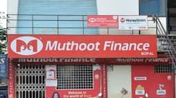 <p>muthoot</p>