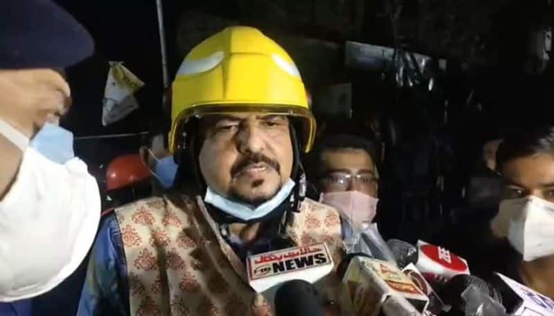 fire broke out in a building at Ganesh Chandra Avenue in central Kolkata, one people died spb