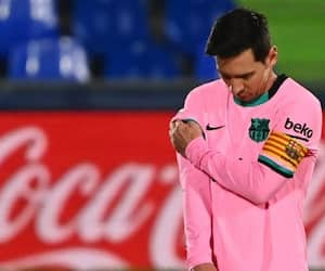Barcelona will get bankrupt if Messi won't agree a pay cut