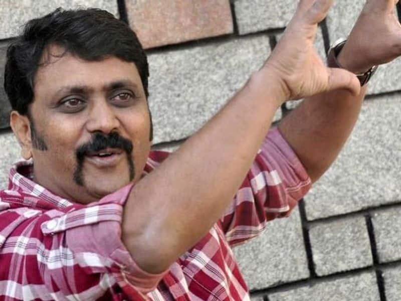 Director AMR Ramesh files complaint against distributor Mahesh vcs