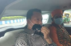 <p>Last month in North Bengal, Bimal Gurung has campaigned for the TMC in the tea gardens. Since the Lok Sabha elections, the BJP's influence in a wide area of tea gardens has increased significantly.<br /> &nbsp;</p>