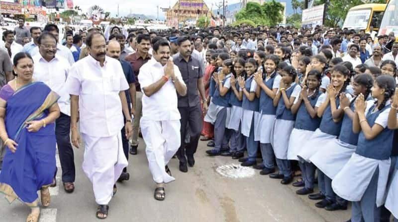 Student celebrate CM Edappadi palaniswami all pass announcement