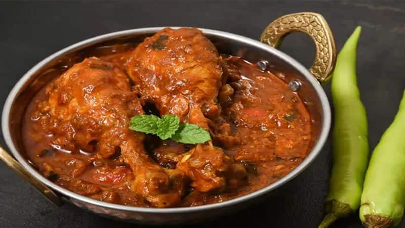 Weekend Special very easy and quick recipe of restaurant style Kadai Chicken BDD