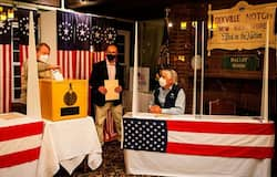 <p><br /> US Presidential Elections, Presidential Elections, US Elections, US Election Updates</p>