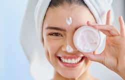 <p>Winter is not easy on your skin. From the dry air outside to the lack of humidity inside, skin can easily get irritated and dehydrated, causing itching and flakiness.</p>