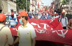 <p>বাংলা_বামপন্থী শ্রমিক সংগঠনের মিছিল</p>