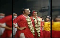 <p>Tollywood actor Anirban Bhattacharya gets married his freind Madhurima</p>