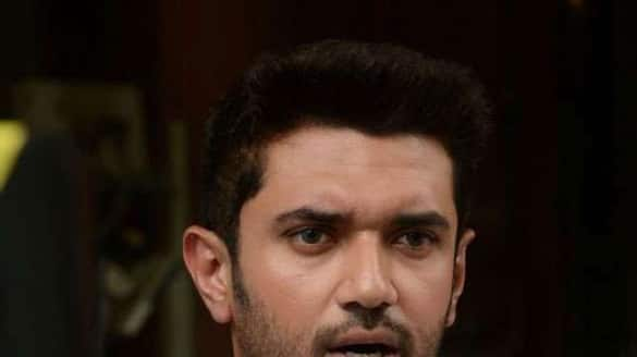 Day after coup, Chirag Paswan removed as LJP chief, says party like mother, shouldn't be betrayed-dnm