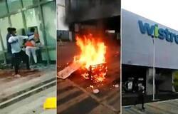 <p>Employees vandalize Wistron Corp's iPhone Manufacturing unit at Karnataka</p>