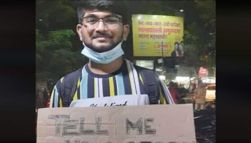 Standing on road, 22-year-old asks people to narrate their stories