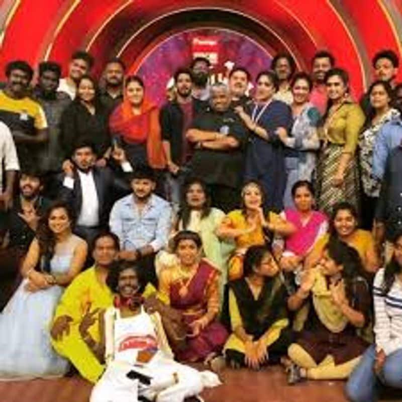 <p>இரண்டாவது இடத்தை நடிகை ஷகிலா பெற்றார்.&nbsp;</p>
