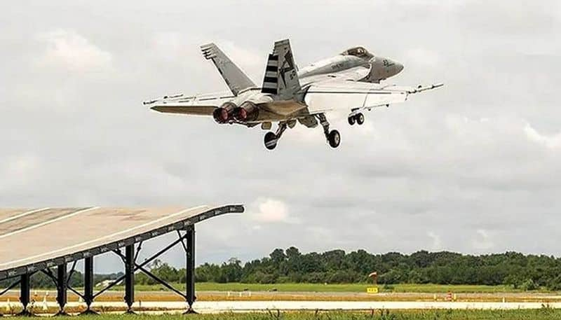 Boeing releases footage of F/A-18 Super Hornet Block III making successful & safe launch from a ski-jump ramp