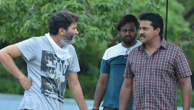 Sunil to turn as a comedian again for Trivikram jsp
