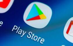 <p>आप &nbsp;google play store में &nbsp;जाकर फेसबुक वीडियो downloader भी सर्च कर सकते हैं। इससे आपके पास बहुत सारे results आएंगे किसी एक app को डाउनलोड कर लीजिए और अपने mobile phone में install कर लीजिए, इससे आप वीडियो को डाउनलोड कर गैलरी में सेव कर पाएंगे।</p>