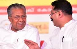 <p>Pinarayi Vijayan, KT Jaleel</p>