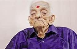 <p>unni krishnan&nbsp;</p>