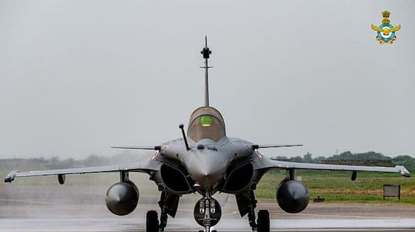 French media claims Rafale scandal, Congress seeks PM's response on million-Euro payoff-vpn