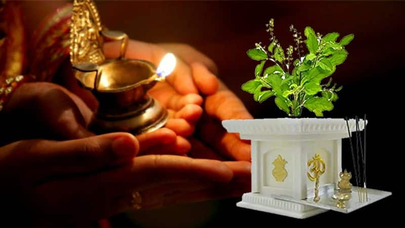 Papmochani Ekadashi 2021 this vow removes all sins Know the importance about of this date BDD
