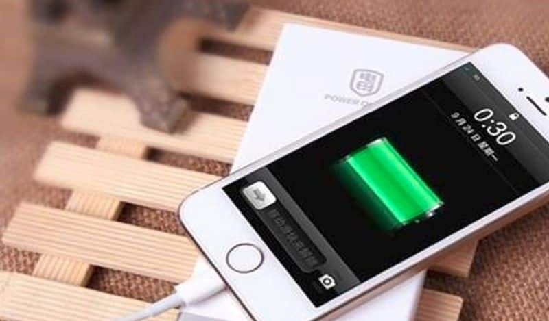 """<p style=""""text-align: justify;""""><strong>Myth:</strong>&nbsp;You can't charge your phone over the cover.<br /> <strong>Reality:</strong>&nbsp;New smartphones can be charged while the phone case is on via a wireless charging system. So, don't worry!</p>"""