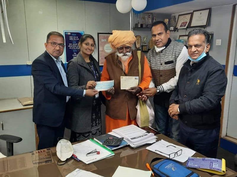 83 year old seer who lives in a Rishikesh cave donated rs 1 crore to Ram mandir construction ckm